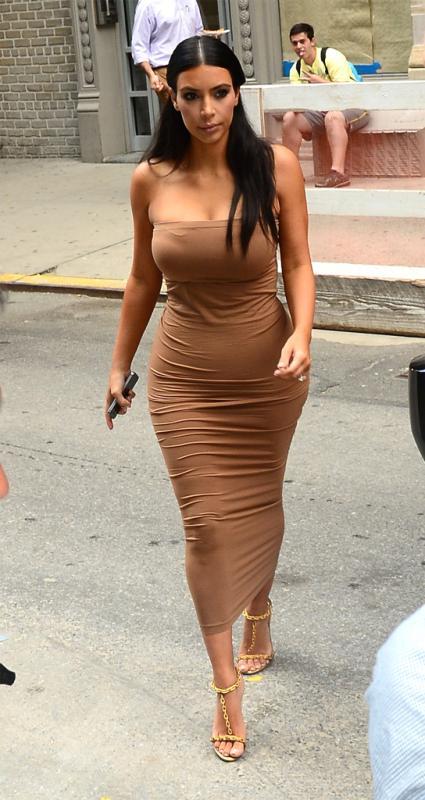 yellow dress kim kardashian 60s